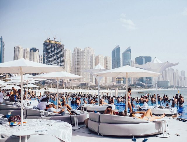 ladies-day-dubai-beach-clubs-ed-Cropped-1-min-1-4d1