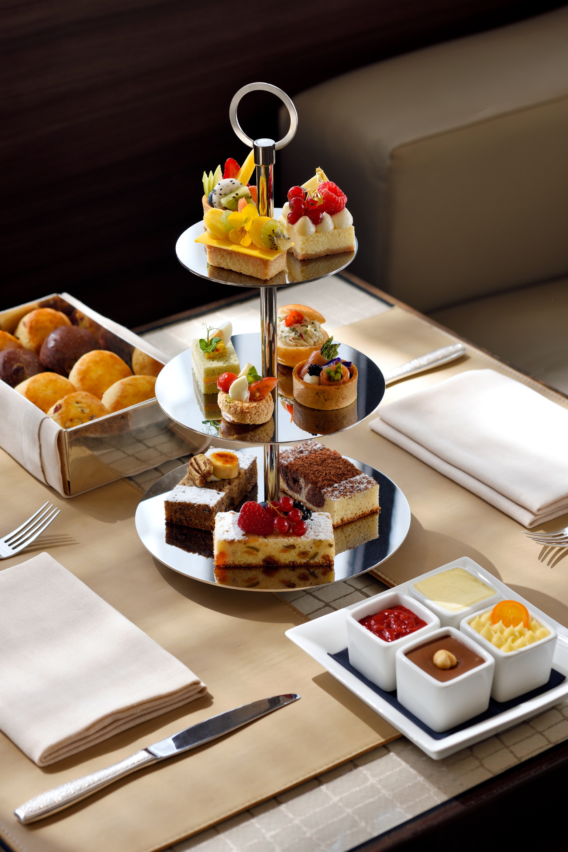 Afternoon tea with 24-karat gold at Armani/Lounge