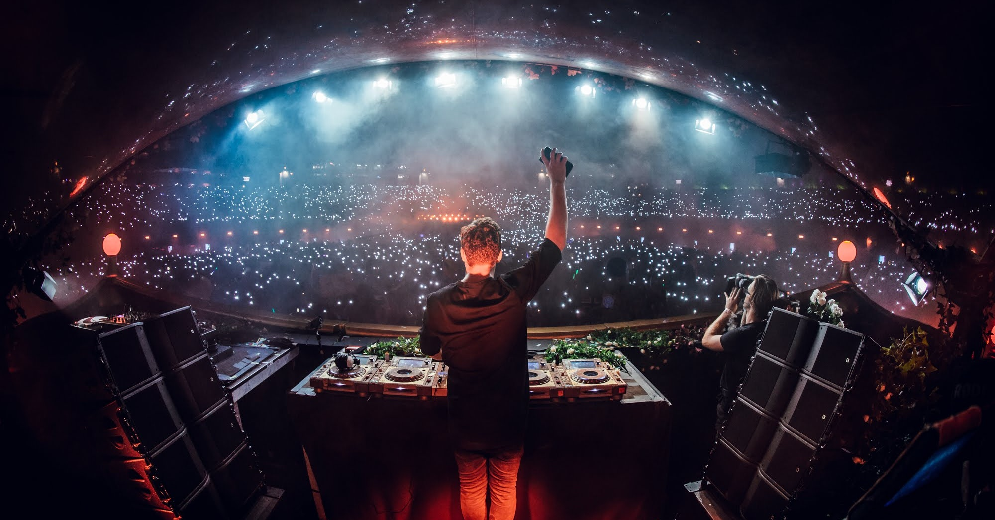 martin-garrix-live-at-tomorrowland-bao-festival-music-concerts-in-dubai-Cropped