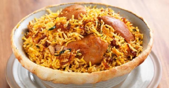 chicken-zafran-biryani-at-Zafran-Dubai-Marina-Mall-best-biryani-in-dubai-Cropped