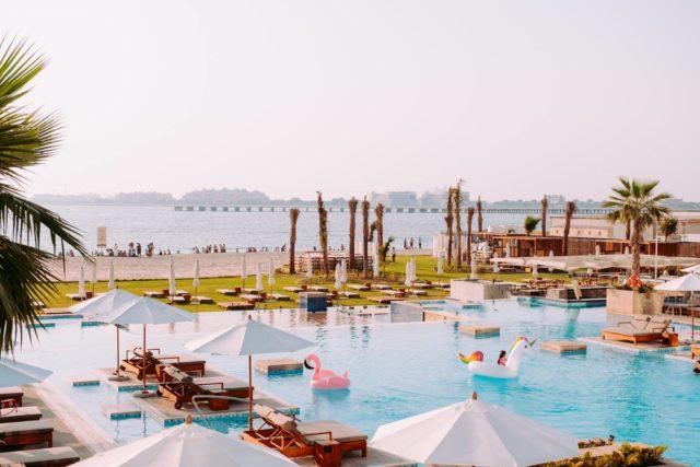 beach-clubs-in-dubai-pool-dubai-ddd-640x64012dsss-Cropped-1ddse-minffffdddd