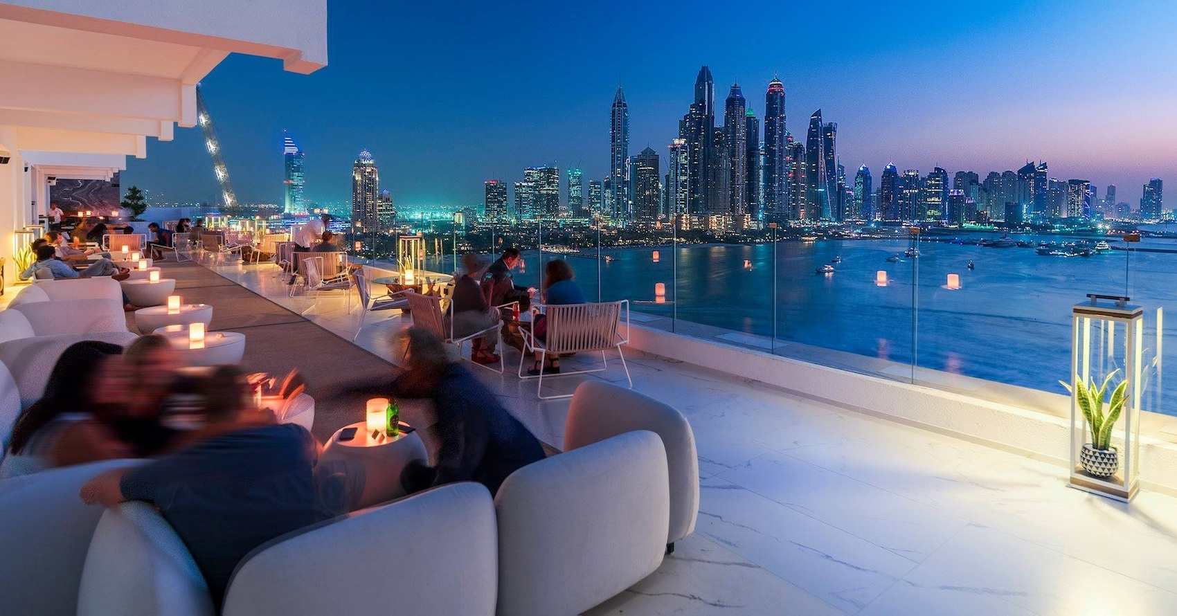 outdoor-bars-dubai-outdoor-bars-in-dubai-nightlife-desffff-Cropped