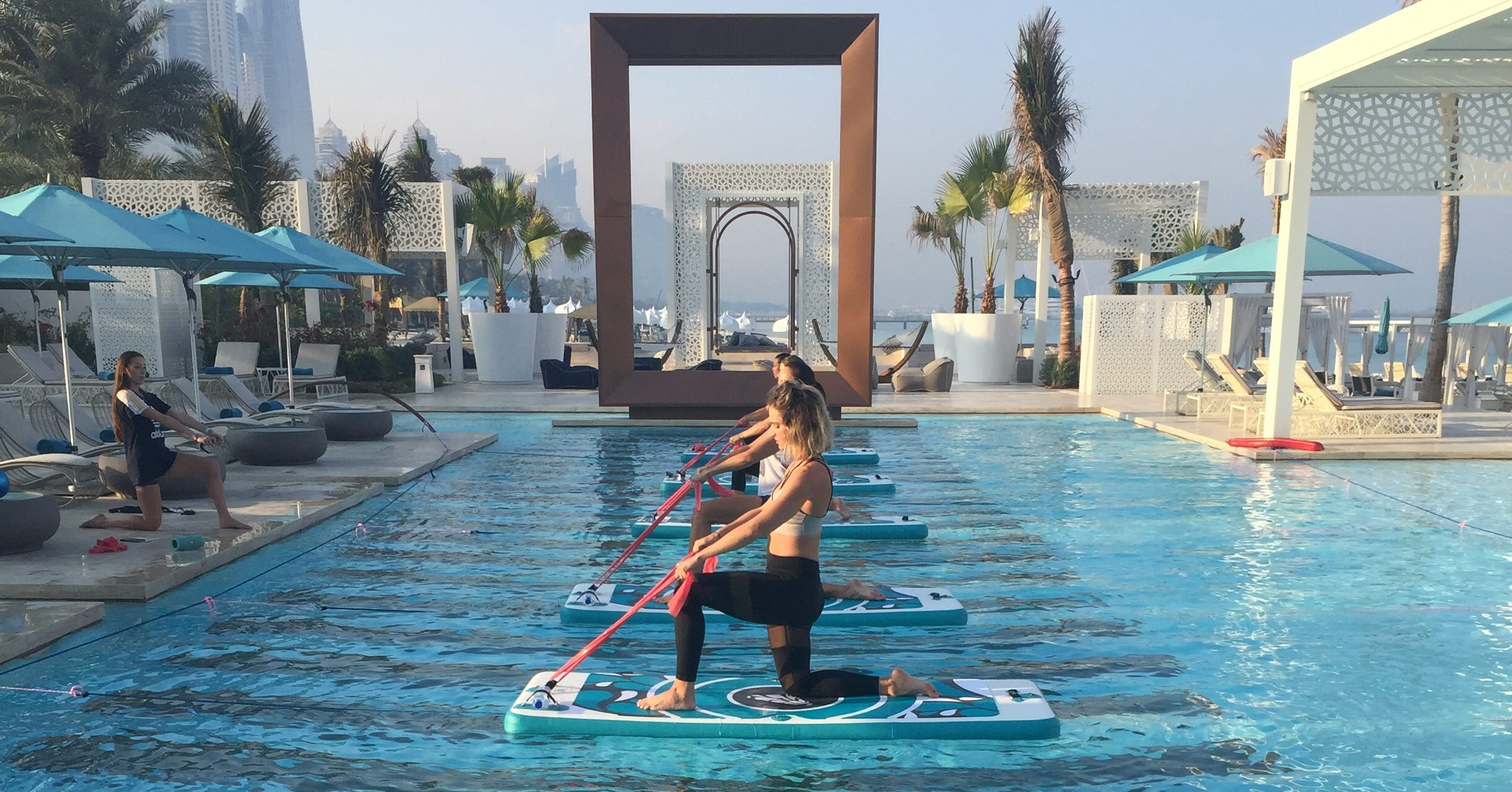 super-sup-fit-float-workout-at-dubai-drift-beach-2-Cropped