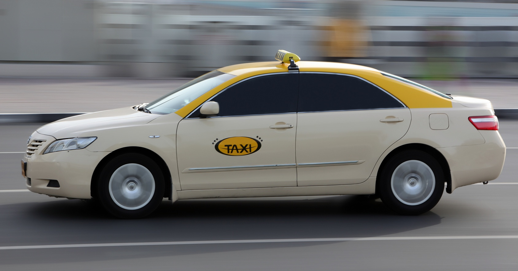 free-wifi-in-dubai-taxis-coming-soon-0-