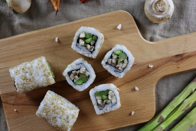 vegan-sushi-in-dubai-at-moshi-uae-vegan-food-in-dubai-vegan-restaurants-in-dubai-Cropped