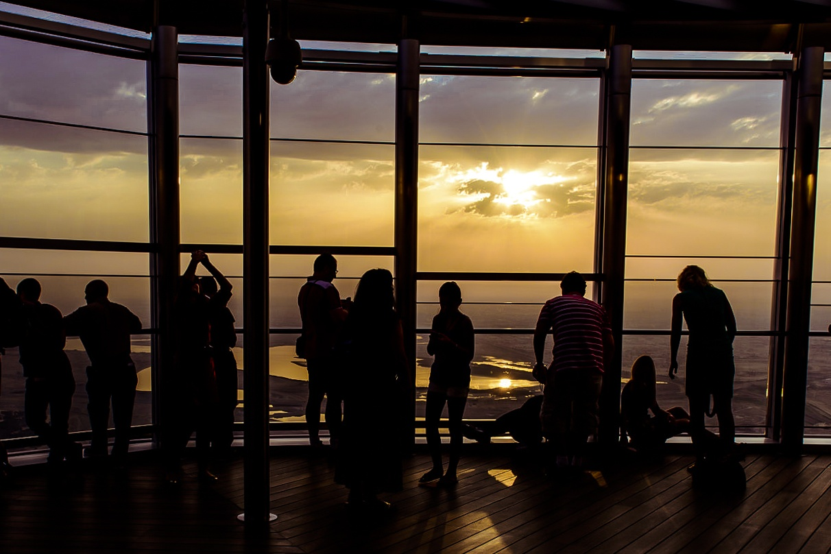 Unique-Dubai-Experiences-only-in-dubai-At-The-Top-Sunrise-sessions-at-burj-khalifa-2-Cropped-1