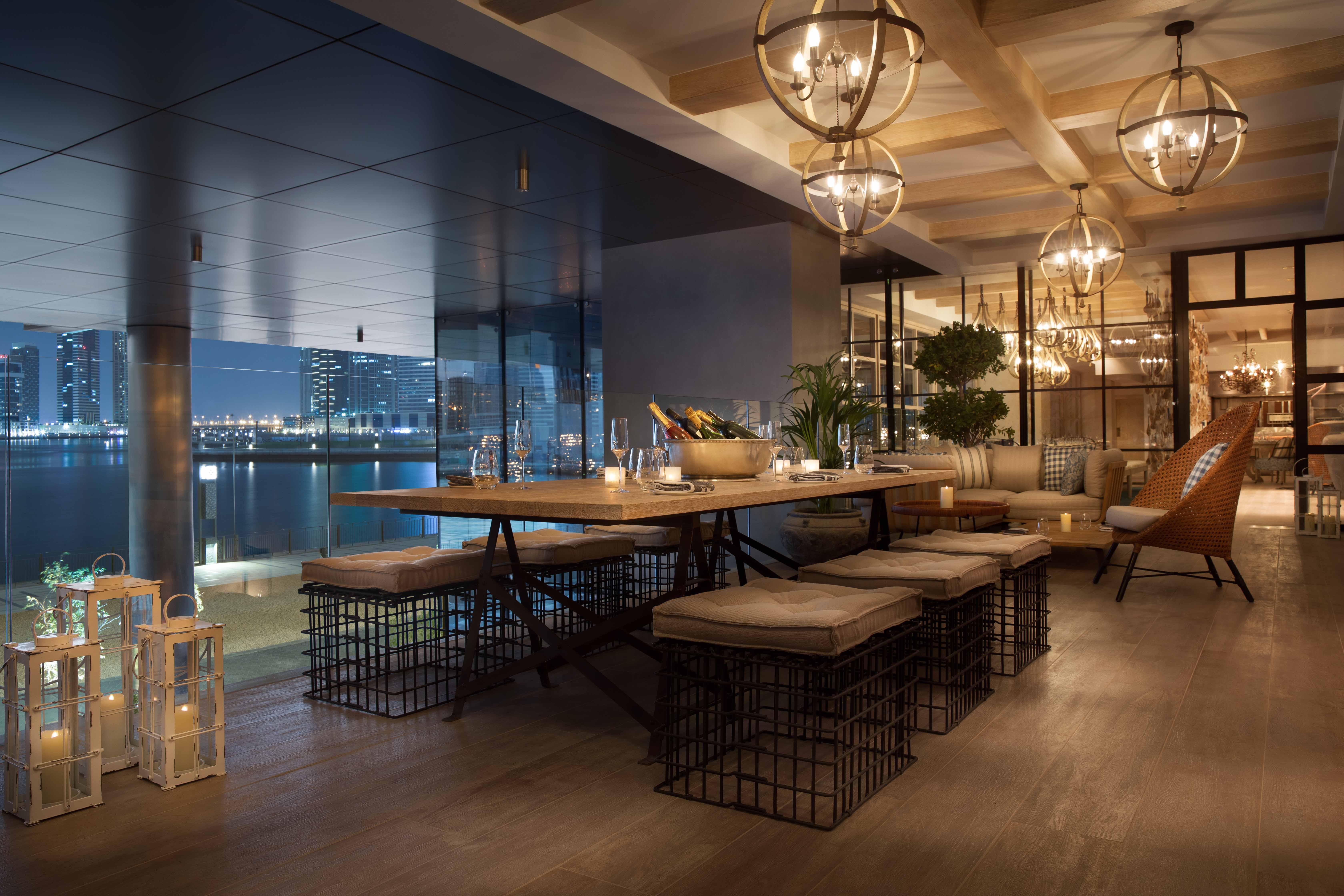 Dubai Happy Hour Offers at Renaissance Downtown Hotel Dubai