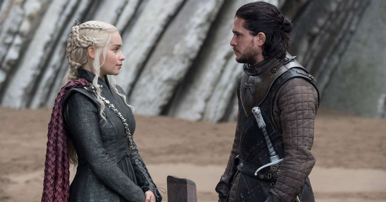 722764-emilia-clarke-and-kit-harington-in-a-still-from-ep-5-eastwatch-Cropped