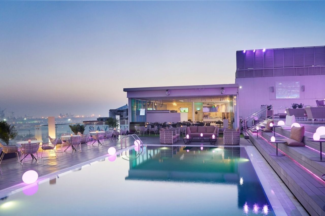 new-ladies-nights-in-dubai-estrellas-rooftop-lounge-dubai-Cropped-1