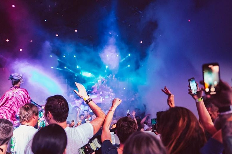 where-to-party-in-dubai-this-long-weekend-uae-national-day-2018-base-dubai
