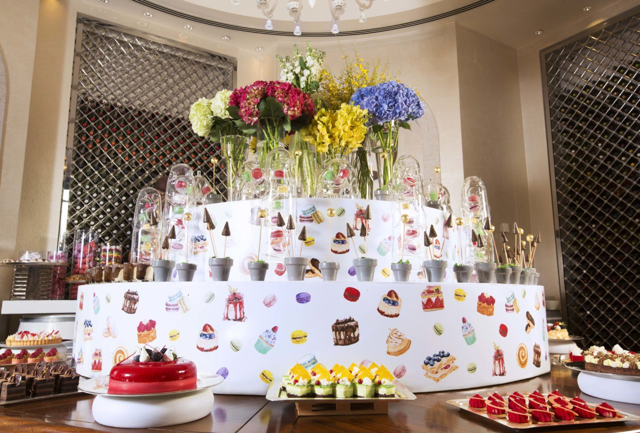 Park-Hyatt-Dubai-Traiteur-Brunch-Dessert-room-1