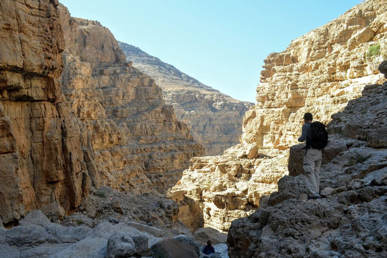 cool-things-to-do-in-dubai-this-weekend-leopard-canyon-hike-in-ras-al-khaimah-uae-trekkers-Cropped-1