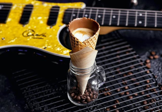 classic-rock-coffee-cone-cafes-in-dubai-